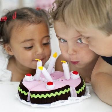 Gimtadienio tortas su girlianda 4