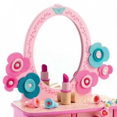 """Kosmetinis stalelis """"Gražiajai panelei"""" 5"""